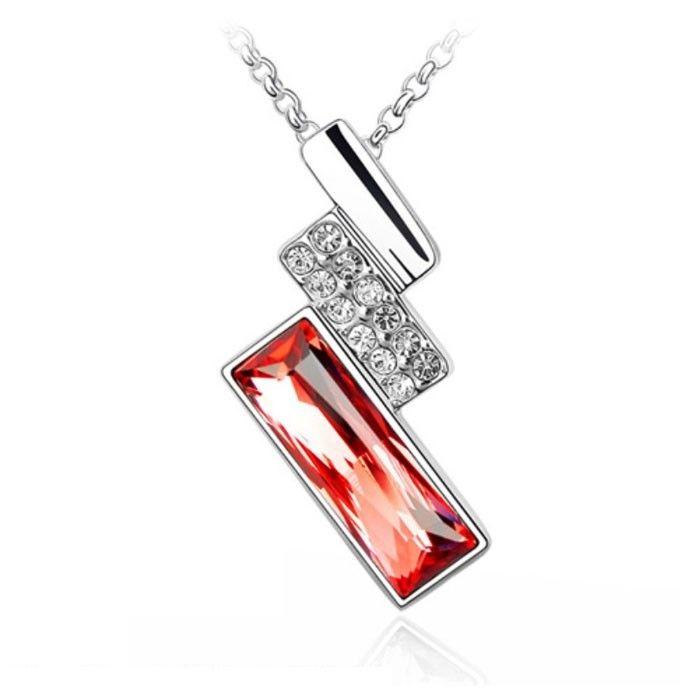 Temukan dan dapatkan Kalung Swarovski Crystal Elements Red Square hanya Rp 220.000 di Shopee sekarang juga!…