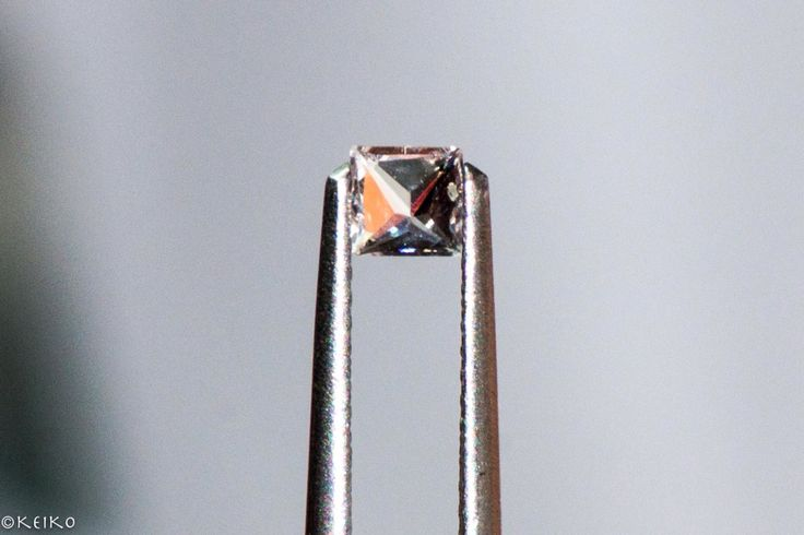 Princess cut #srisrisapphire #whitesapphire #sapphire #gems #jewellery #srilanka #japan #australia