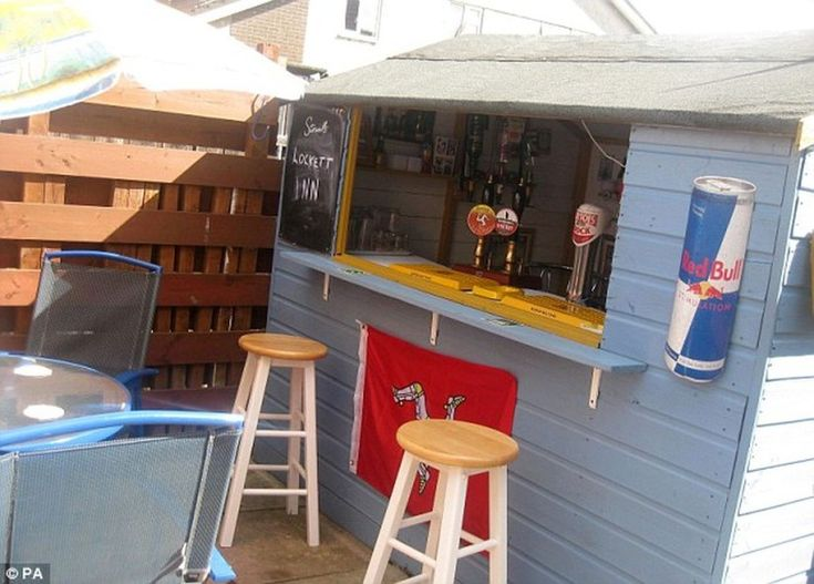 Creative Beer Shed Decoration Ideas 71