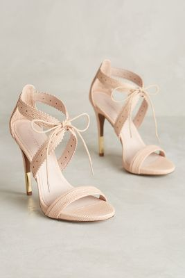 Fashion and style: nude, blush coloured shoes! Beautiful! Pour La Victoire Shanna Heels