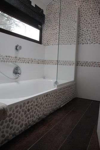 18 best idée déco salle de bain images on Pinterest Showers - antiderapant salle de bain
