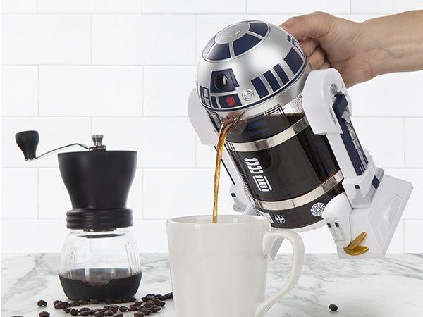 La cafetière R2D2 est-elle déjà le meilleur des cadeaux de Noël ?