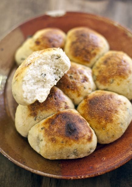 Herb Crock-Pot Dinner Rolls - using recipe from other link (Five Minutes A Day For Fresh-Baked Bread)