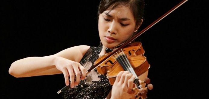 Finalists Announced at South Korea's IsangYun International Violin Competition  ||  The 4 Finalists have today been announced for the 2017 IsangYun International Violin Competition, in Tongyeong, South Korea. https://theviolinchannel.com/finalists-isangyun-international-violin-competition-2017/?utm_campaign=crowdfire&utm_content=crowdfire&utm_medium=social&utm_source=pinterest #music