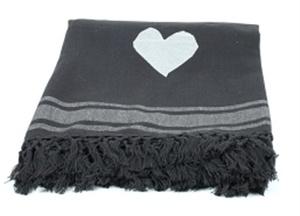 Hammamdoek in het grijs met wit hart. Nu online te verkrijgen bij Zus en Zo Wonen.