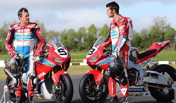Honda Racing team debut new colours for Isle of Man TT