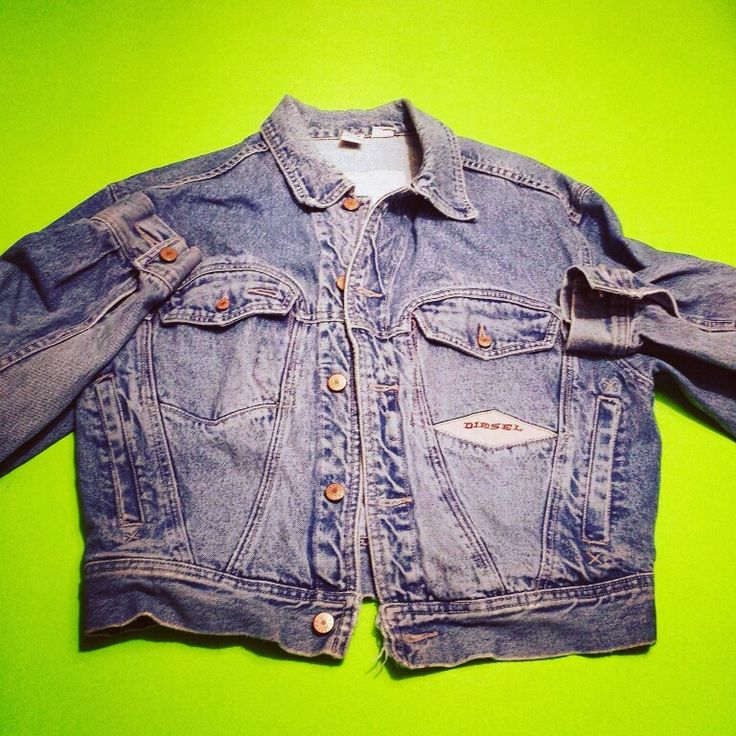 Vintage DIESEL jean jacket, now in the shop! (Link in bio)  #denim #deisel #jeans #jeanjacket #jeanjackets #jacket #coat #80sfashion #90sfashion #fashion #style #80s #90s #1980s #1990s #eighties #nineties #80skids #90skids #ilovethe80s #ilovethe90s #vintage #retro #classic #wayback #throwback #flashback #nostalgia #neon #neonbasement