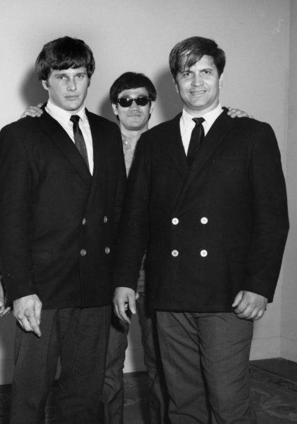 One of my favourite historical pictures showing martial art greats - Bruce Lee, Ed Parker, and Joe Lewis.