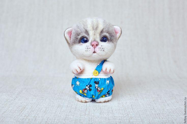"""Купить """"Тоша"""" - котенок из натуральной шерсти - белый, подарок, подарок девушке, подарок женщине"""