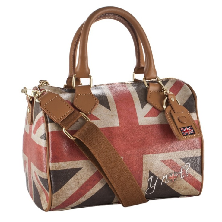 y not union jack messanger bag. This is probably my second favorite British flag purse! (Which IS saying something :))