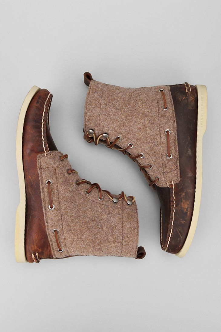Love these boots. Might have to talk B into them since they don't seem to make them for the lady folk.