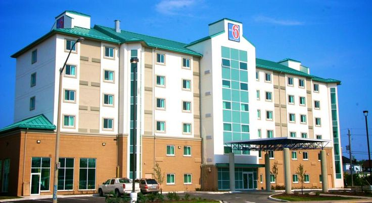 Motel 6 Niagara Falls - Stanley Avenue Niagara Falls Positioned just 5 minutes' drive from the beautiful Horseshoe Falls, this Niagara Falls, Ontario hotel offers free Wi-Fi in every room.  Entertainment options at Clifton Hill is just a short walk from the Motel 6 Niagara Falls.