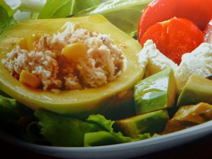 un mondo di ricette: avocado con mais e polpa di granchio
