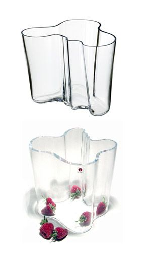 For 70 years, the Savoy Vase, designed by Finnish architect and furniture designer Alvar Aalto, has been one of the most famous pieces of glass in history. In 1936, Aalto anonymously entered his vase d