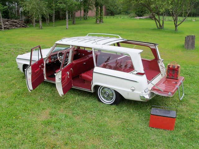 1964 Studebaker daytona wagonaire.   For some reason which I am not aware of, this car is cool!!?
