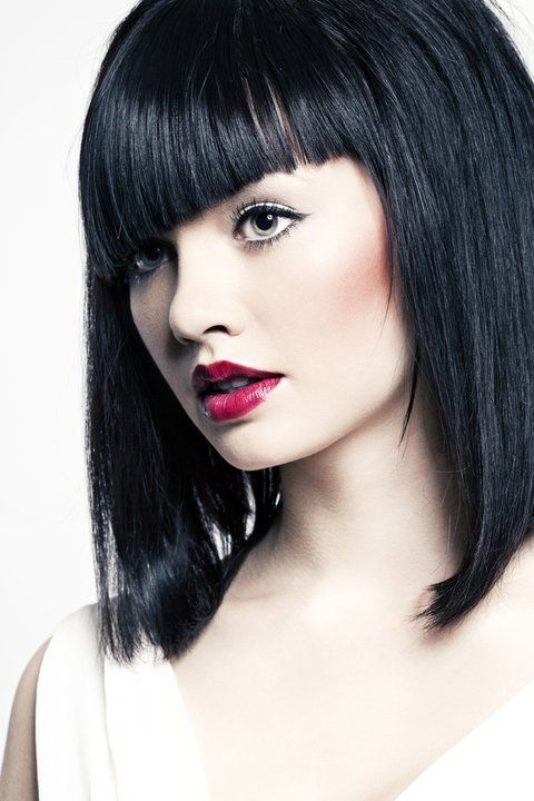Typ urody Europejski  Zwany jest też typem Królewny Śnieżki. To kobieta o bardzo jasnej  porcelanowej cerze, czasami z  piegami, czasami lekko zaróżowionej. Jednocześnie ma ciemne włosy, to zdecydowanie brunetka. To dwie podstawowe cechy. Oczy mogą być zarówno brązowe, jak i niebieskie, czy zielone.