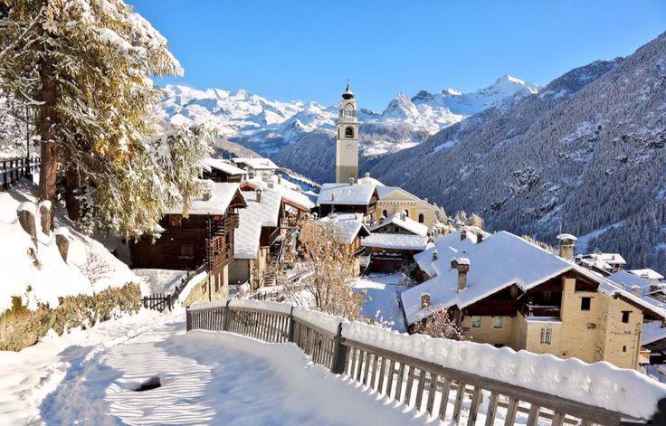 ...Courmayeur, Italy. #travelpics #amazing