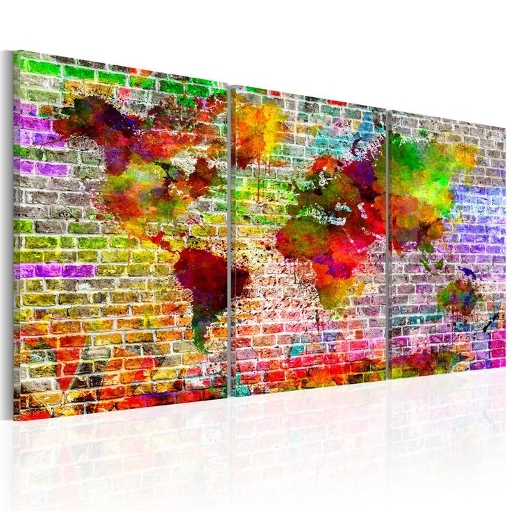 Obraz mapa świata na ceglanym tle. Kolorowy tryptyk, który polecamy zwłaszcza jako dekorację do pokoju nastolatka!