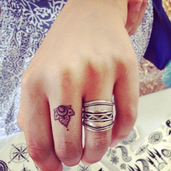 Tiny Temporary tattoo set