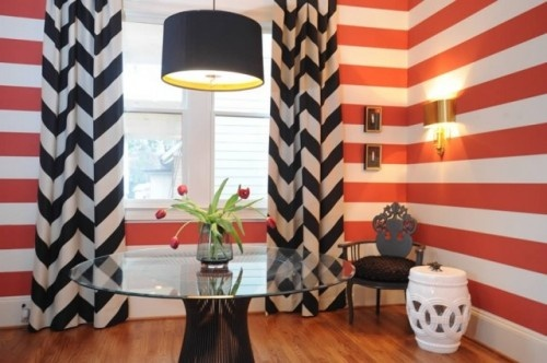 crisp stripes: Chevron Patterns, Idea, Stripes Wall, Color, Interiors Design, Black White, Chevron Curtains, Chevron Strips, Chevron Stripes