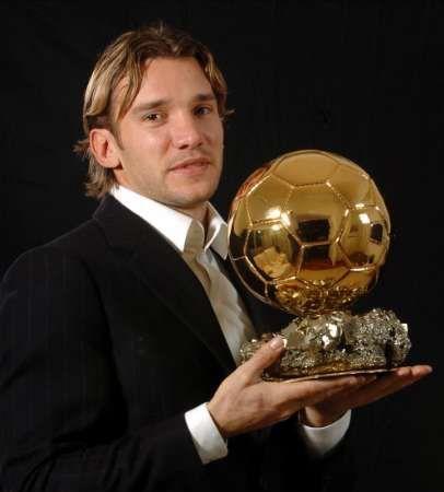 Andrew Shevchenko rewarding by the Golden Ball Award ~ Андрій Шевченко FB page August 13, 2011