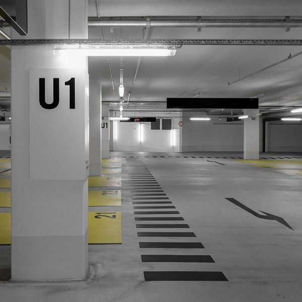 P2 by Marcus Jendretzke, via Behance Clever Parking graphics
