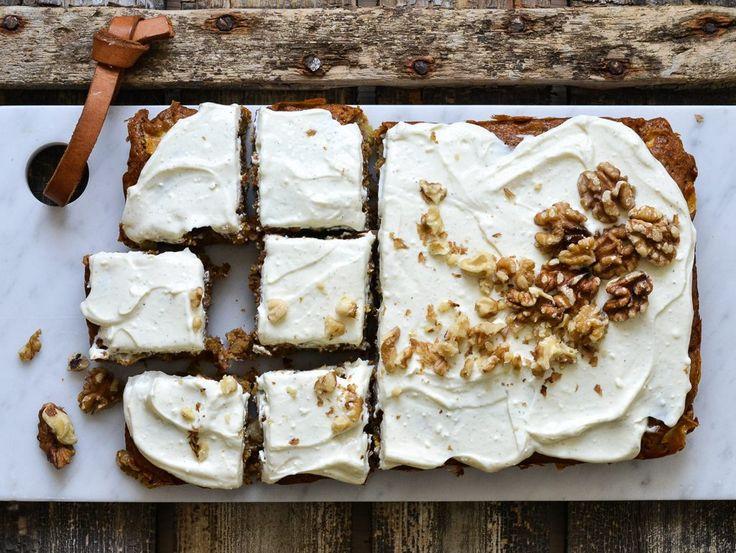 Autumn apple cake - A tasty love story