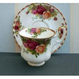 koffiekop en schotel Old Country Roses Royal Albert