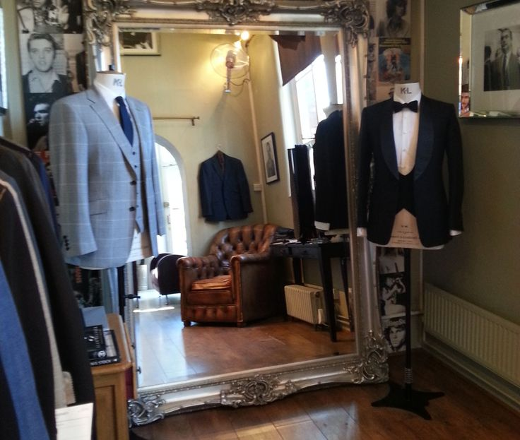 Thom-Sweeney-Made-To-Measure-Front-Room.jpg 1,000×847 pixels