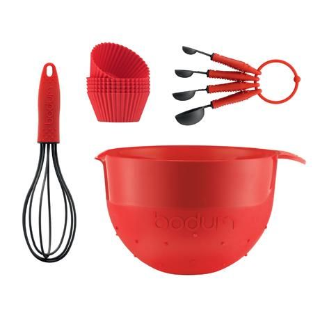 Less than half price. Was €49 now just €24 this Bodum Baking Set is a bargain buy.