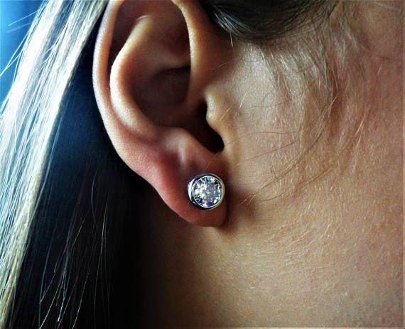 2.56ct Clear/White Round cut Diamond 925 Silver Solitaire