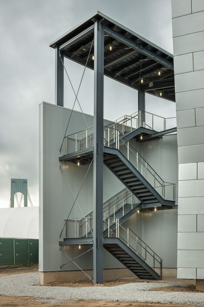 Novogratz Center for Athletics / Jack L. Gordon Architects