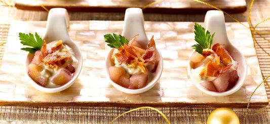 Delhaize - Lepelhapjes van peren met porto, gorgonzola en krokante pancetta