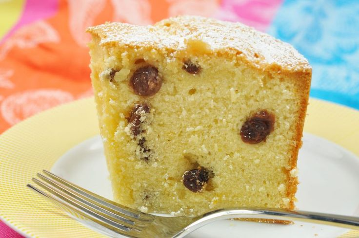 Costa Rica Raisin Cake - You don't have to travel far to enjoy this light, citrus-flavored Costa Rican dessert. Orange juice and rum combined with raisins makes this airy cake delicioso!