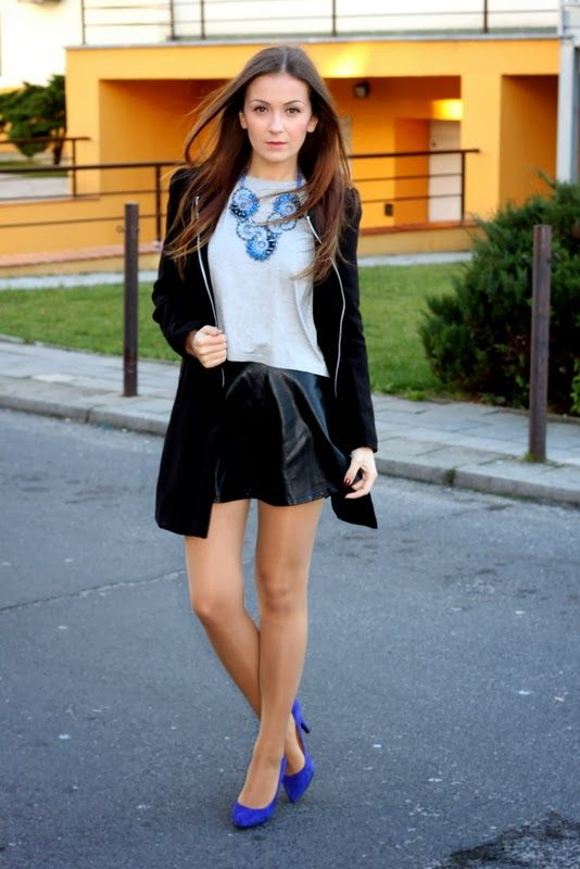 www.streetstylecity.blogspot.com Fashion inspired by the people in the street ootd look outfit sexy heels leather skirt miniskirt legs