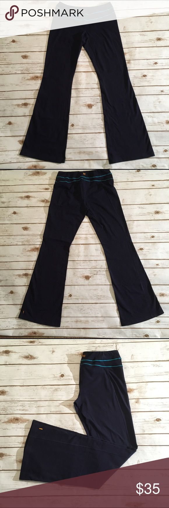 """Lucy navy blue tall yoga pants Lucy Navy blue yoga pants  🌟Size- Women's L tall 🌟Flat Measurements-14.5"""" waist 8.5"""" rise 35"""" inseam 🌟Material- 87% supple nylon 13% Lycra 🌟Condition- Excellent used condition, very little pilling in spots Lucy Pants"""