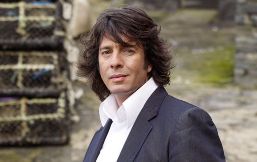 Laurence Llewellyn-Bowen, decorator in Changing Rooms