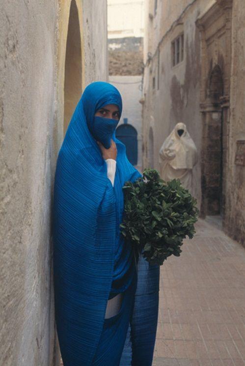 Arabic veil.  Issey Miyake: Pleats Please Travel
