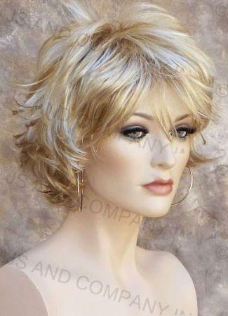 Best 25+ Short layered haircuts ideas on Pinterest | Layered short ...