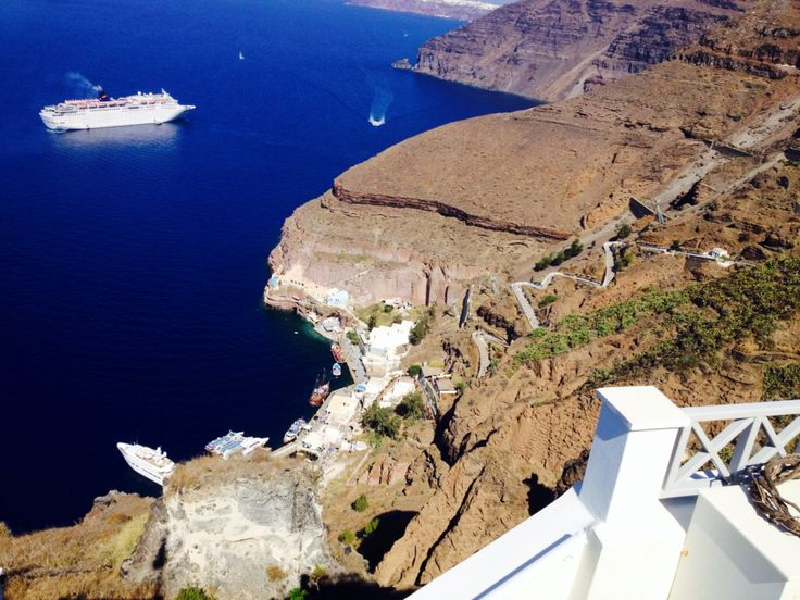 Private shatle transfer from port to all hotels in Santorini