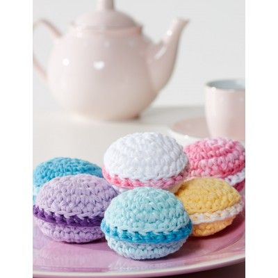 Make It: Crochet Macaroons - Tutorial (I'd add faces to these!) #crochet