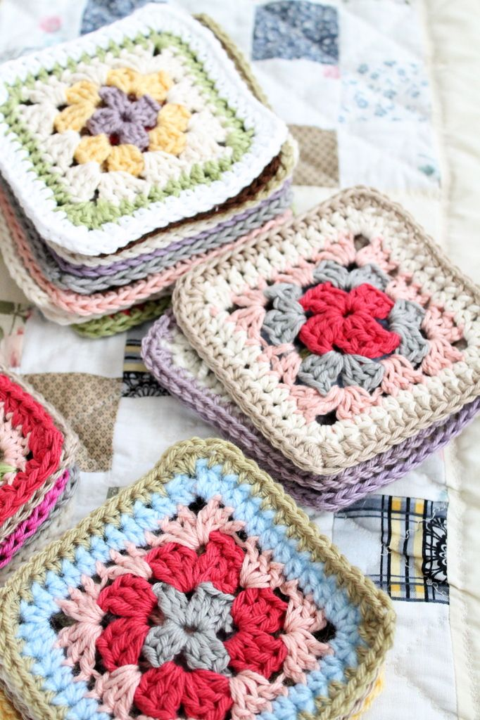 stitch and pattern: More Squares and more squares ✿⊱╮Teresa Restegui http://www.pinterest.com/teretegui/✿⊱╮