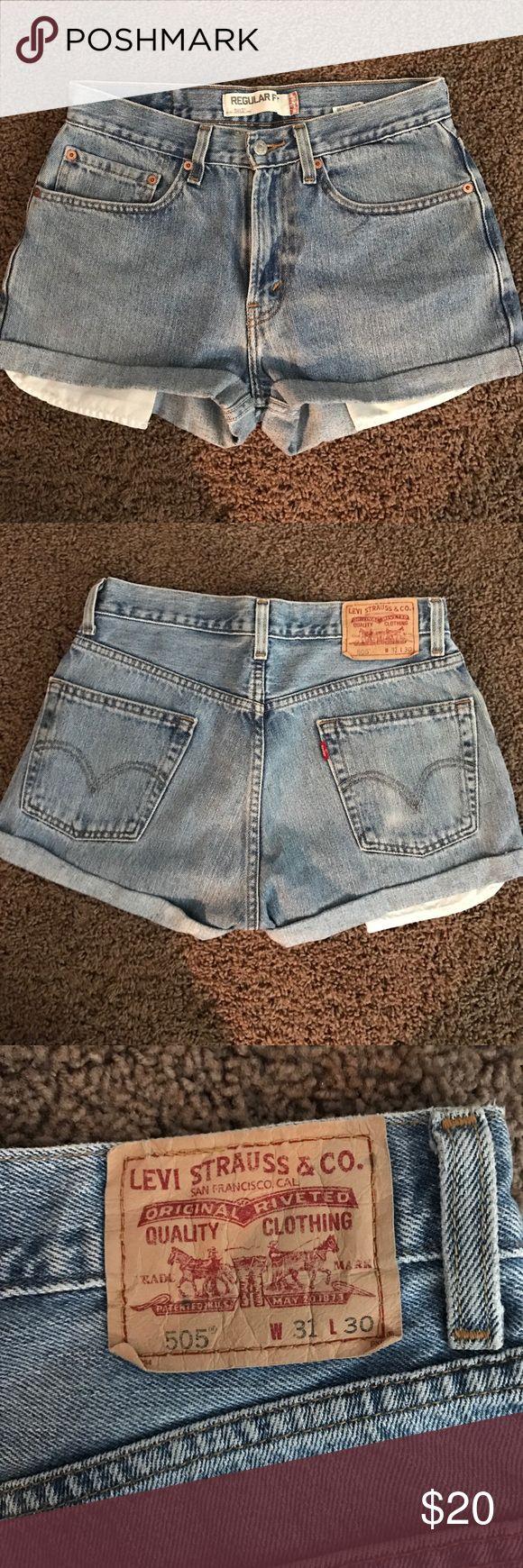 Vintage Levi regular fit 505 jean shorts Levi 505 jean shorts // regular fit // w31 l30 // worn once // runs small Levi's Shorts Jean Shorts