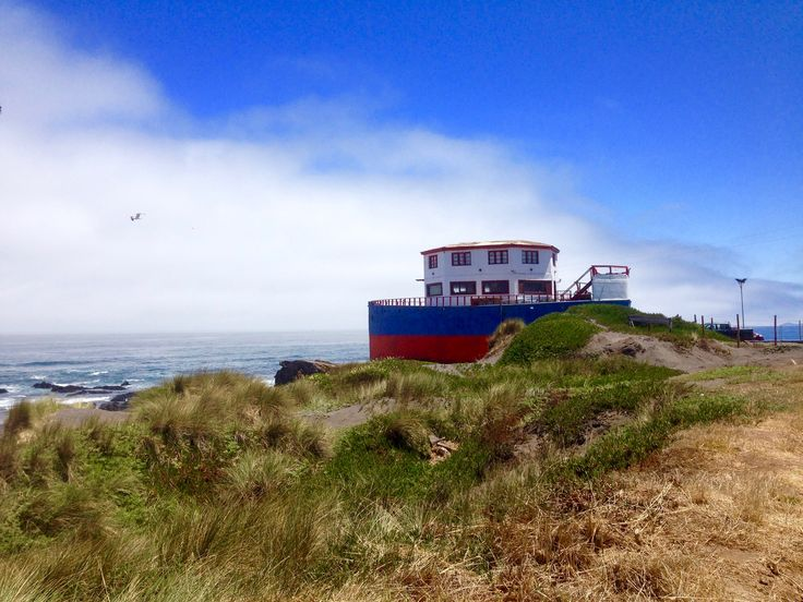 Pichilemu, Chile – A Forgotten Surf Town The little forgotten #surf #town of Pichilemu offers a #scenic getaway from hectic Santiago. #Pichilemu has a small town center that offers all #modern conveniences.Don't forget to try a #traditional #empanada de pino (ground beef, onion, raisins, olive, boiled egg), as it is a typical Chilean #delicacy. #traveltip #travel #citylife #Chile #tips