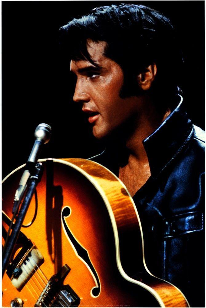 Elvis Presley With Images Elvis Presley Posters Elvis Presley Elvis Presley Photos
