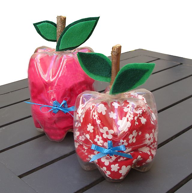 Teacher Appreciation Gifts ~ Recycle Plastic Bottles & Make Super Cute Apple Shaped Boxes... You can use these apple boxes to hold treats or even a small gift, and adjust their height depending on what you'll place inside. Check them out, so cute and creative!