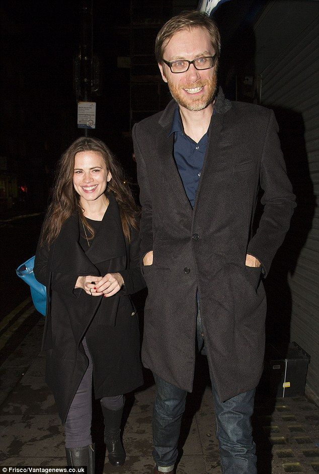Hayley Atwell Whos Dated Who - Dating History http://whosdatedwho.net/hayley-atwell/hayley-atwell-stephen-merchant/ #HayleyAtwell