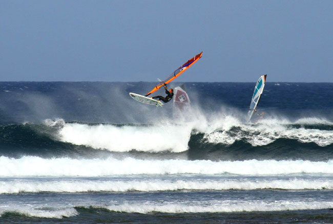 majanicho-witchcraft #windsurfing #fuerteventura #advanced #style #waves