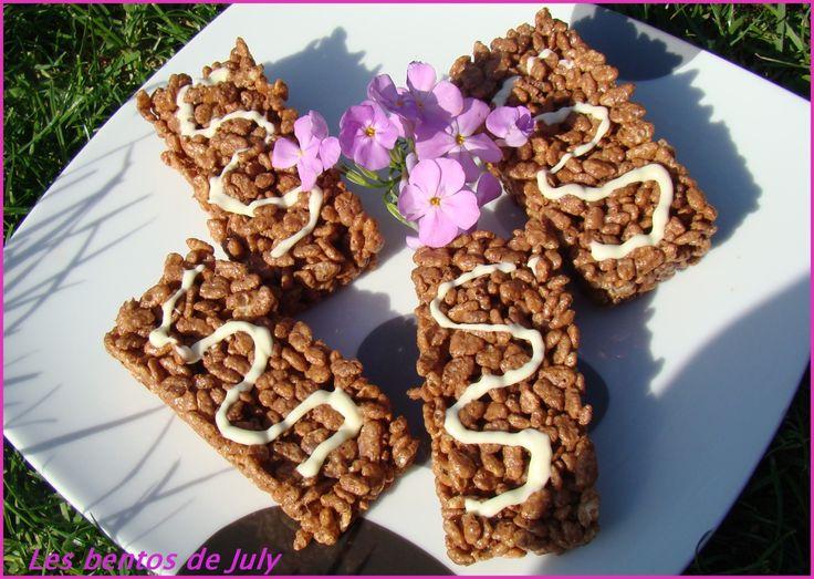 Pour aujourd'hui encore une recette toute simple!! Réalisées en 10 minutes ces barres de céréales sont un pur délice, j'en fais tout le temps!! Et cerise sur le gâteau elles sont énormes, au moins 2 fois plus grandes que les barres classiques allégées...