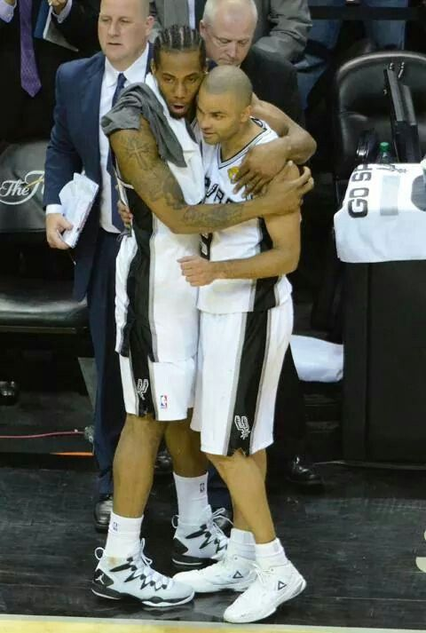 Spurs Tony Parker & Kawhi Leonard. 2014 NBA CHAMPIONS